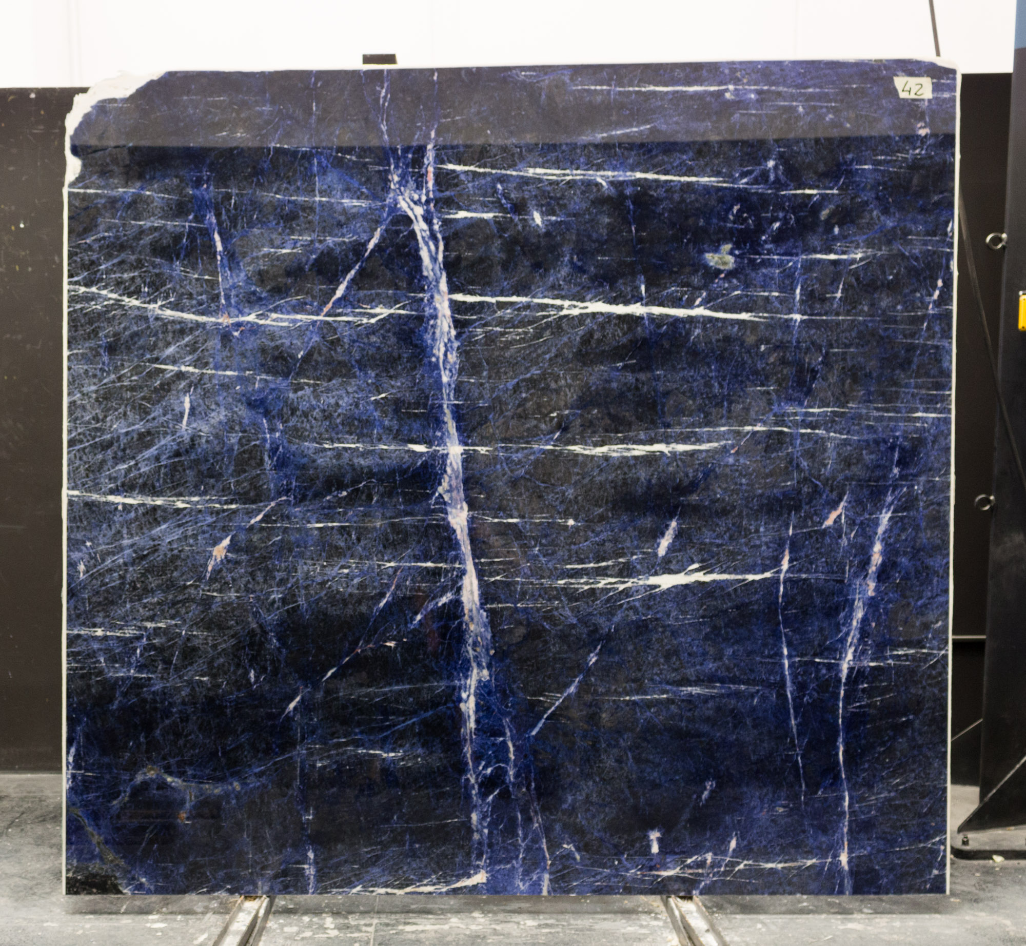 SODALITE BLUE SUPER PREMIUM